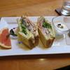 アンティグア - 料理写真:具沢山なクラブハウスサンド