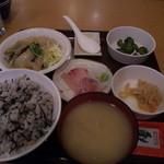 かぶき - カンパチ刺身とイワシあんかけ定食500円!