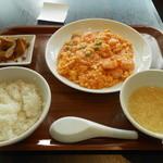 杏梨 チャイニーズキッチン - プリプリ海老と卵のチリソース煮