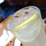 鳥清 - レモンサワー368円