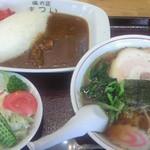 まつい食堂 - カレーセット(950円)