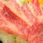 焼肉・ホルモンの白河 - 特選カルビアップ
