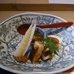 鮨 田なべ - タコの柔らか煮、からすみ旬菜