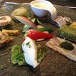 トゥ セイ グランデ - 前菜十種盛り