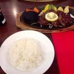 """GGC - H25.06 熟成ハラミ肉使用""""カットステーキ300gSET""""¥2580→¥1980"""