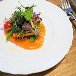 19415786 - 「Pranzo B」の前菜(桜鱒のカルパッチョ いろいろ野菜のサラダ仕立て)