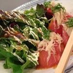 炉ばた 魚魚炭 - サラダ!