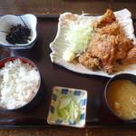 たまや - 甘辛とり竜田揚げ定食(860円)