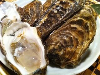 積丹浜料理 第八 太洋丸 - 西積丹寿都産(すっつ)寿牡蠣(ことぶきかき)5月~6月までの貴重逸品!