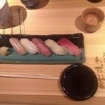 居酒屋 わったい菜 - お任せ握り。寿司のレベルはかなり高い。