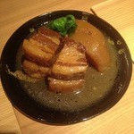 居酒屋 わったい菜 - 因州シシ肉の角煮。