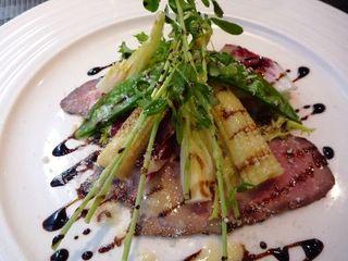 イル・ソーニョ - 前菜 冷製ローストビーフのサラダ仕立て