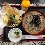 四季 - 天ざる定食、こしのあるお蕎麦にからっと揚がった天ぷら