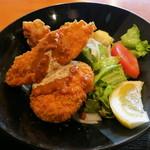 19436642 - 白身フライ、鶏の唐揚げ、牛肉コロッケ