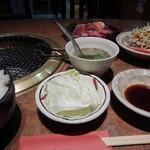 美味肉家 能勢 - 切り落としランチご飯大盛り(無料)1200円