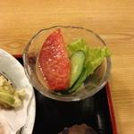 てんしん - てんぷら定食(1,000円)のサラダ