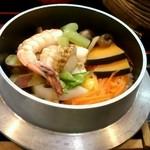 おやじの台所 森崎 - 料理写真:山海釜めし