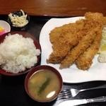 スーパーキッチン かさや - 海鮮ミックスフライ定食@999円