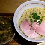 麺と心 7 - 牛骨つけ麺