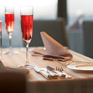 記念日のディナーのご利用には素敵な特典を!