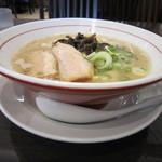 麺ダイニング 福 - 白 500円