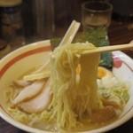 ラーメン長山 - 細麺アップ