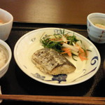 やさい食堂 七福 - さわらの塩麹漬け定食
