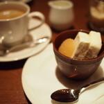 ラトリエ ド ルキャン - デザートとコーヒー