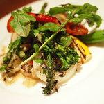 ラトリエ ド ルキャン - 季節野菜のグリルサラダ 薩摩赤鶏のハムを添えて