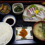 花のれん - 刺身定食880円