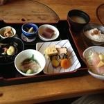 お多福の瓦そば - 豊関農家のお弁当(980円)