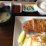 お多福の瓦そば - とんかつ定食(980円)