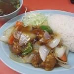 北京 - 酢豚定食ボンバイエ
