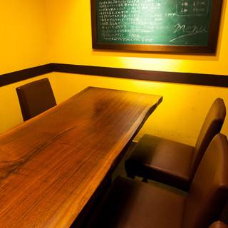 人気の個室席は8名様までご利用可能です