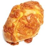 ルパンマディ - 国産小麦ふらんすぱん チーズがたっぷり (280円)  '13 5月中旬