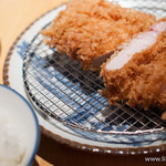 豚組食堂 - プレミアム銘柄豚ロースかつ膳(1.5倍)【2013年6月】