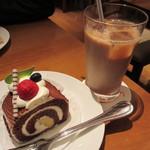 銀座コージーコーナー - ショコラロールドリンク付 780円