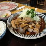 19458350 - きのこステーキセット ¥1580