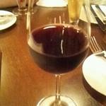 Bistro UZU - 赤ワイン(500円)