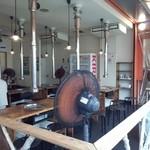 肉のオカヤマ直売所 - BBQ外観