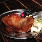 19464130 - 骨付き鶏