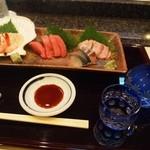 寿司文 - お造り盛り合わせ & 亀齢 辛口純米八拾