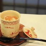 周 - ハモの梅肉茶碗蒸し。