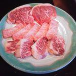 焼肉牛庄 - 料理写真:特選肉