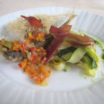 レストラン スイヤルド - オードブル:稚鮎の温かいエスカベッシュとズッキーニのタリアテッレ