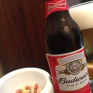 日曜日も祝日も夕方6時からBARでお酒が飲めます♪