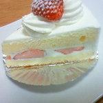 ナチュール - 料理写真:苺ショート