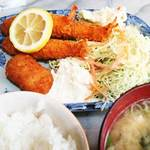 つきじ - 海老フライとクリームコロッケ定食