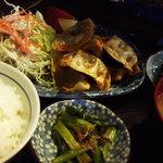 つきじ - 揚げ餃子定食