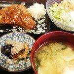 つきじ - サバの味噌煮定食